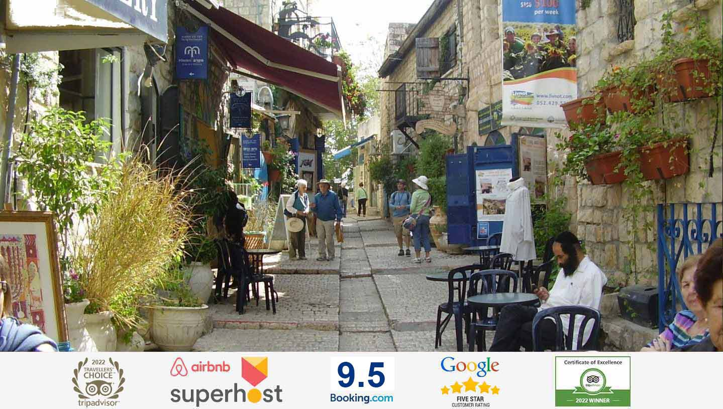 Minutes walk away from galleries, old synagogues, bus stops & the Bar Ilan Medical SchoolIn the Old City & city center